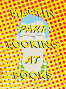 Martin-Parr-Looking-at-Books_13-785x525
